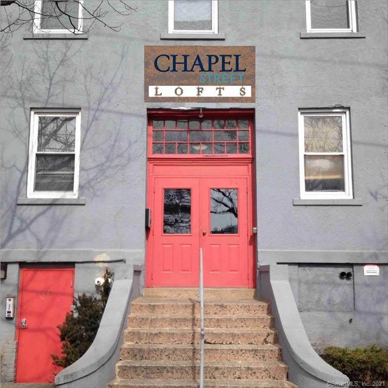 441 Chapel Street - Photo 1