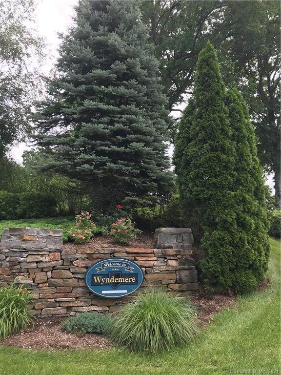 44 Wyndemere Lane #44, Windsor, CT 06095 (MLS #170418501) :: Team Feola & Lanzante | Keller Williams Trumbull