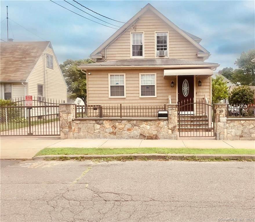 39 Woodmont Avenue - Photo 1