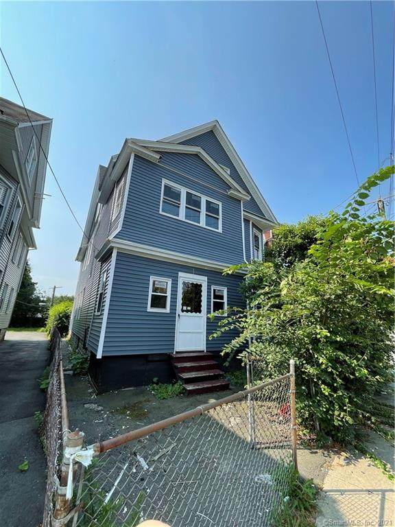 752 Connecticut Avenue, Bridgeport, CT 06607 (MLS #170420457) :: GEN Next Real Estate
