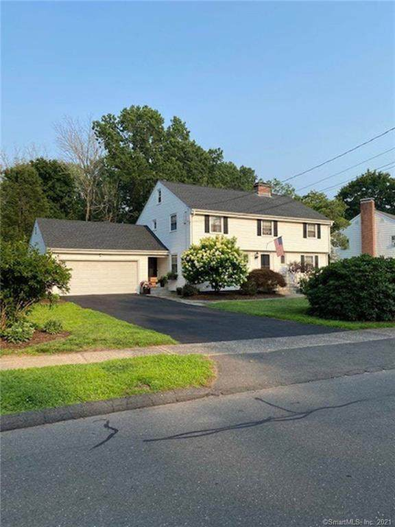 22 Willowbrook Road, West Hartford, CT 06107 (MLS #170423446) :: Hergenrother Realty Group Connecticut
