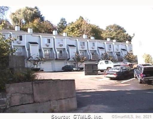 268 Congress Avenue #13, Waterbury, CT 06708 (MLS #170425032) :: Carbutti & Co Realtors