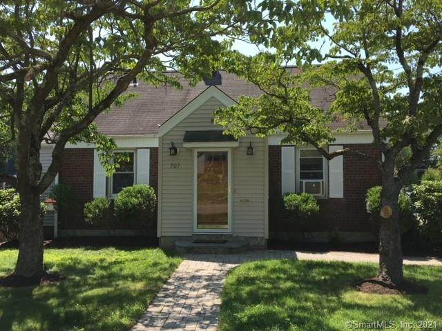 707 Jennings Road, Fairfield, CT 06824 (MLS #170425235) :: Alan Chambers Real Estate