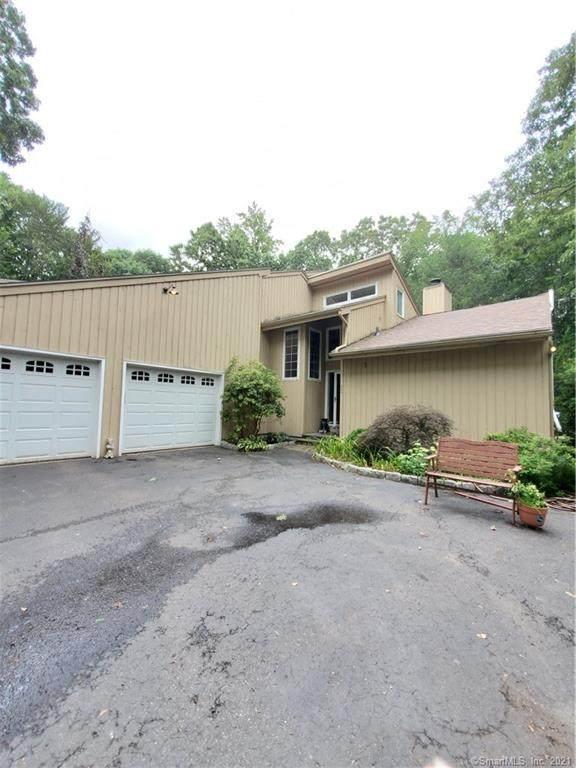 468 Fairway Road, Orange, CT 06477 (MLS #170426907) :: Kendall Group Real Estate | Keller Williams