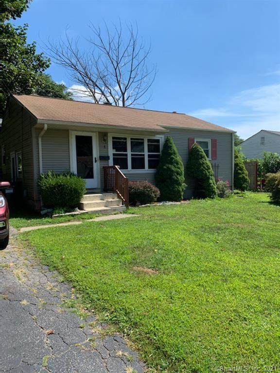 8 Great Plain Road, Norwich, CT 06360 (MLS #170427476) :: Linda Edelwich Company Agents on Main