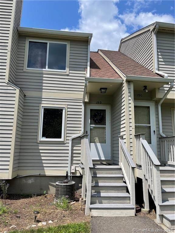 111 Mallane Lane 19D, Naugatuck, CT 06770 (MLS #170433522) :: Michael & Associates Premium Properties | MAPP TEAM