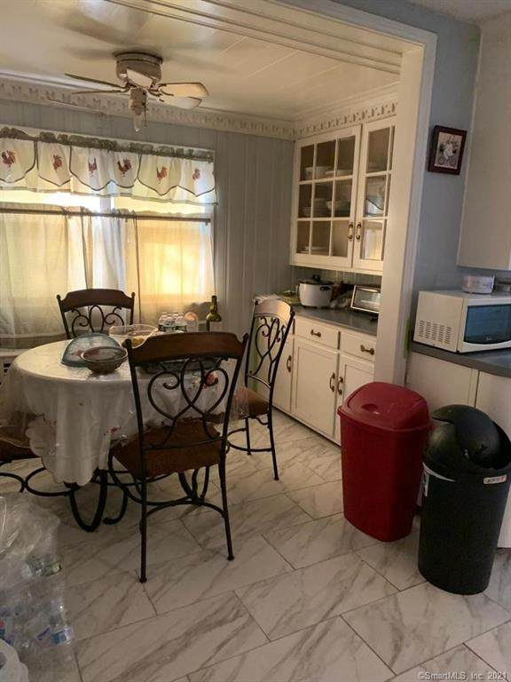 9 Roger Williams Road, Bridgeport, CT 06610 (MLS #170437204) :: GEN Next Real Estate