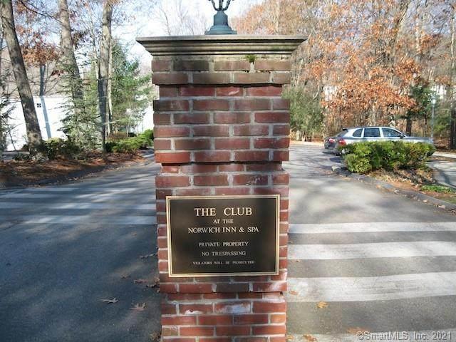 922 Old Pond Lane #922, Norwich, CT 06360 (MLS #170439079) :: Kendall Group Real Estate | Keller Williams