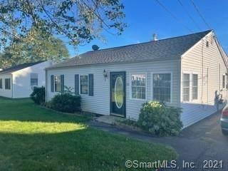 55 Circle Drive, Wallingford, CT 06492 (MLS #170439908) :: Carbutti & Co Realtors