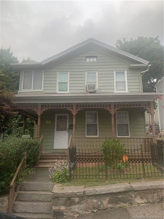 31 Camp Street, Waterbury, CT 06704 (MLS #170439940) :: GEN Next Real Estate