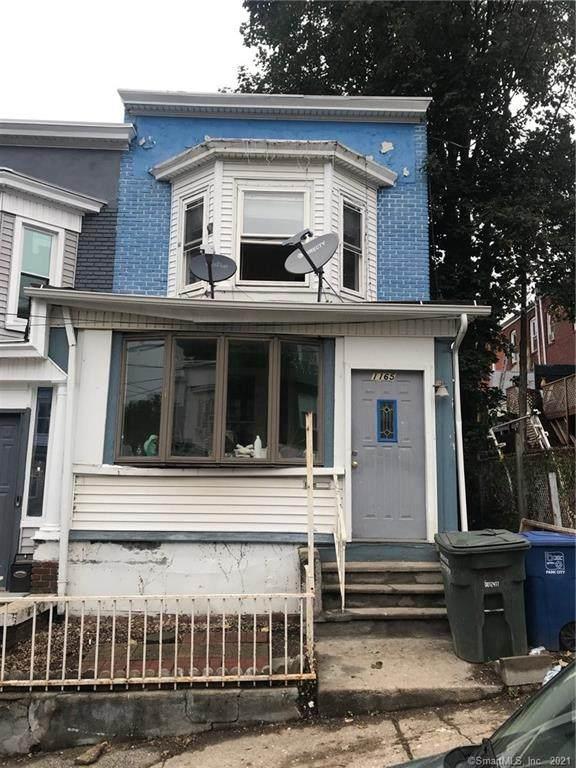 1165 Ogden Street Extension, Bridgeport, CT 06610 (MLS #170442451) :: Michael & Associates Premium Properties | MAPP TEAM
