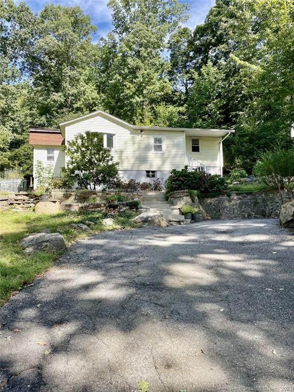 5 Elm Trail, Danbury, CT 06811 (MLS #170442540) :: Chris O. Buswell, dba Options Real Estate