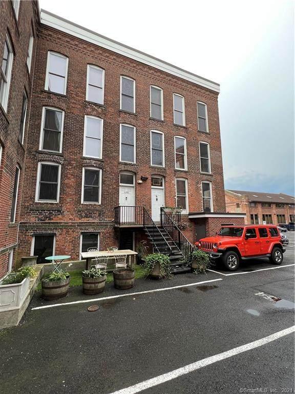 325 Lafayette Street - Photo 1