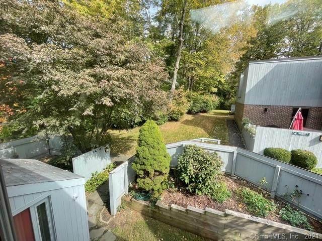 6 Quarry Corner #6, Ridgefield, CT 06877 (MLS #170444323) :: Around Town Real Estate Team