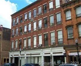 94 Washington Street #13, Norwalk, CT 06854 (MLS #170445078) :: Michael & Associates Premium Properties | MAPP TEAM