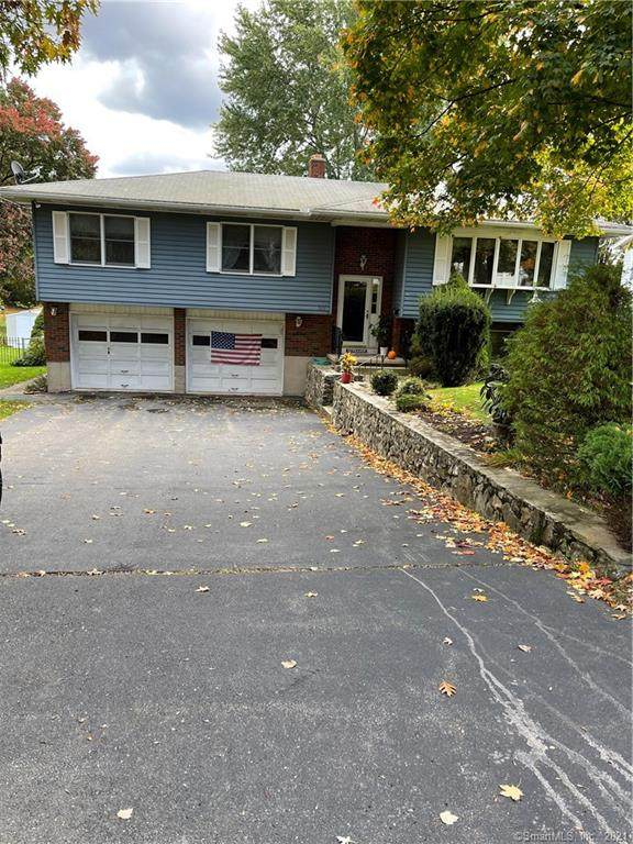501 Country Club Road, Waterbury, CT 06708 (MLS #170446081) :: Faifman Group