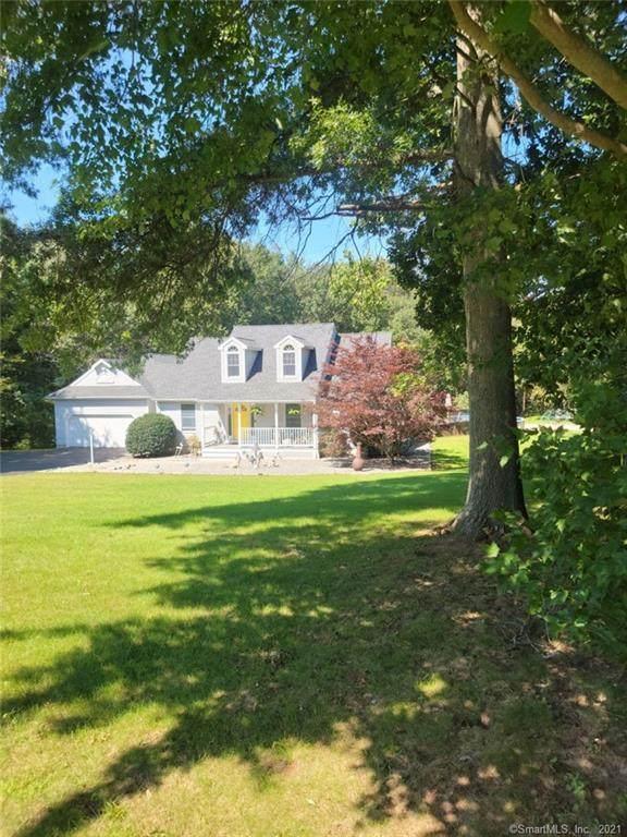 25 Bergendahl Drive, Griswold, CT 06351 (MLS #170447136) :: Carbutti & Co Realtors