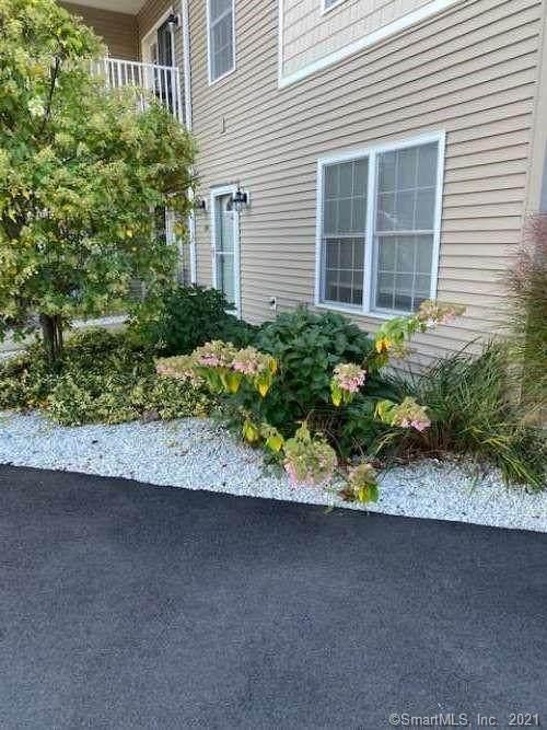 112 Fieldstone Lane #112, Plymouth, CT 06782 (MLS #170448101) :: Michael & Associates Premium Properties   MAPP TEAM