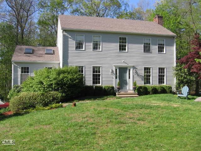 241 Thunder Lake Road, Wilton, CT 06897 (MLS #99058926) :: GEN Next Real Estate