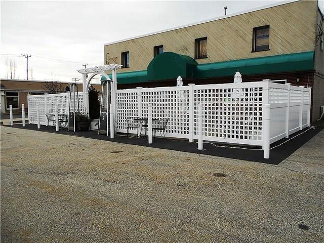 Woodbridge, CT 06525 :: Carbutti & Co Realtors