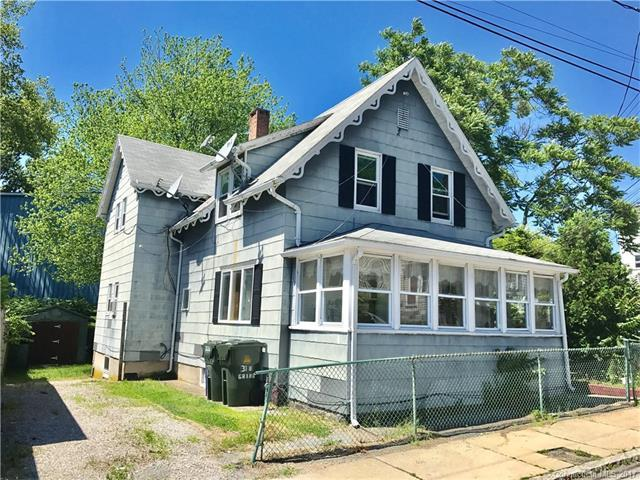 31 Grand St, New London, CT 06320 (MLS #E10232138) :: Anytime Realty