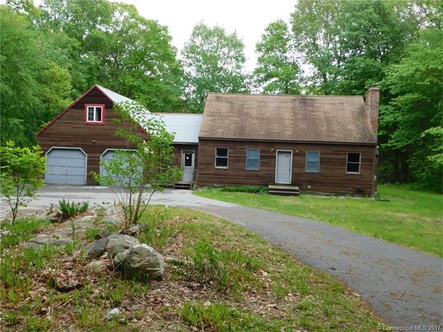 31 Herschler Rd, Montville, CT 06370 (MLS #E10232555) :: Hergenrother Realty Group Connecticut