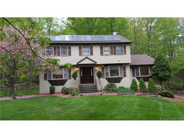 38 Lindencrest Dr, Danbury, CT 06811 (MLS #F10232507) :: Carbutti & Co Realtors