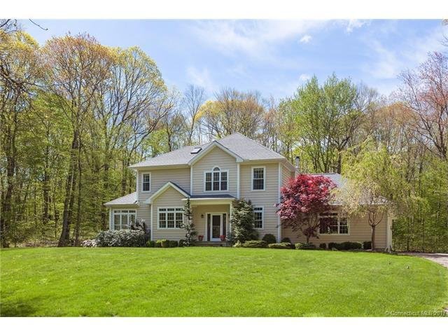 104 Woodcutters Dr, Bethany, CT 06524 (MLS #G10223434) :: Stephanie Ellison
