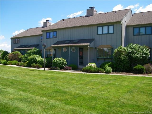 145 Skyview Dr #145, Cromwell, CT 06416 (MLS #G10230902) :: Carbutti & Co Realtors