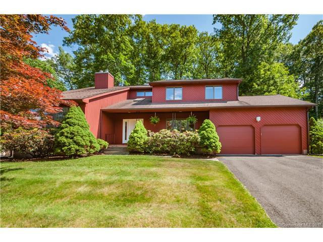 129 Oakridge, Farmington, CT 06085 (MLS #G10231086) :: Hergenrother Realty Group Connecticut
