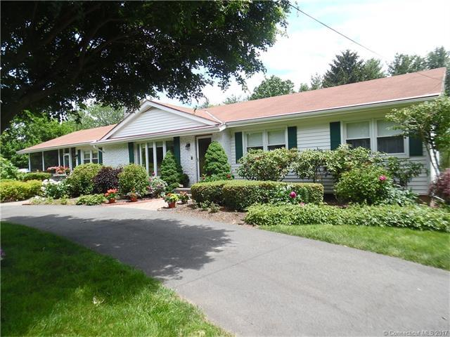 93 Highland Park Rd, North Haven, CT 06473 (MLS #N10224488) :: Carbutti & Co Realtors