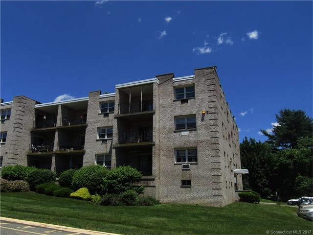 300 Meadowside Rd #303, Milford, CT 06460 (MLS #N10231072) :: Stephanie Ellison