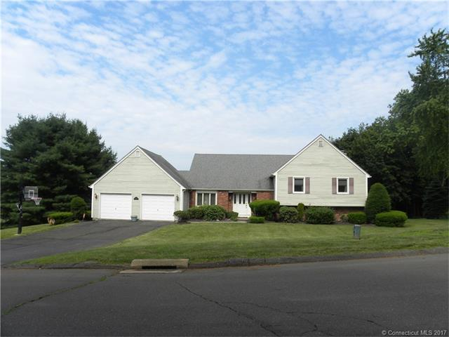 18 Valley View Dr, Wallingford, CT 06492 (MLS #N10232217) :: Carbutti & Co Realtors