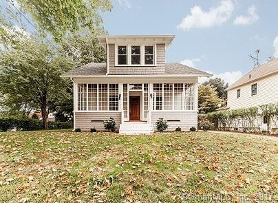 37 Louis Street, Trumbull, CT 06611 (MLS #170004120) :: The Higgins Group - The CT Home Finder