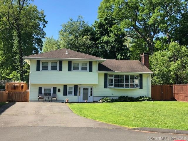 19 Clara Drive, Norwalk, CT 06851 (MLS #170087488) :: The Higgins Group - The CT Home Finder