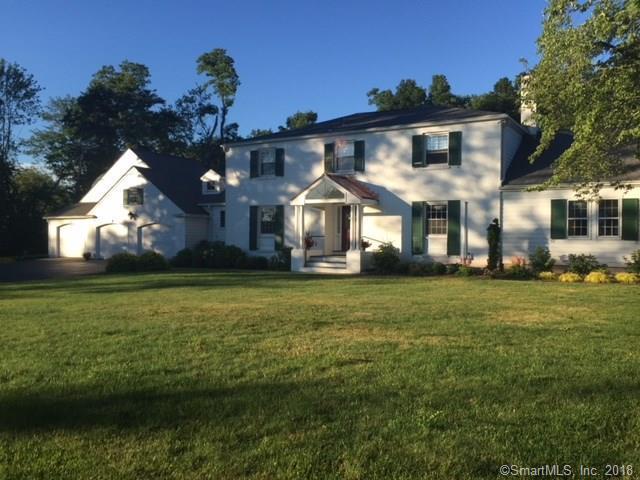 121 Blue Hills Road, North Haven, CT 06473 (MLS #170103169) :: Carbutti & Co Realtors