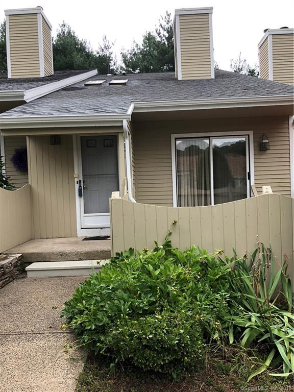 394 Lakeview Drive #394, Southington, CT 06489 (MLS #170125094) :: Hergenrother Realty Group Connecticut