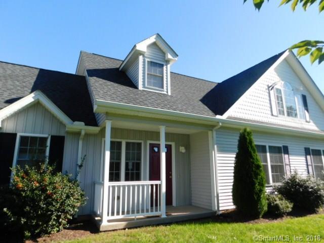 2 Bull Avenue #10, Wallingford, CT 06492 (MLS #170133127) :: Carbutti & Co Realtors