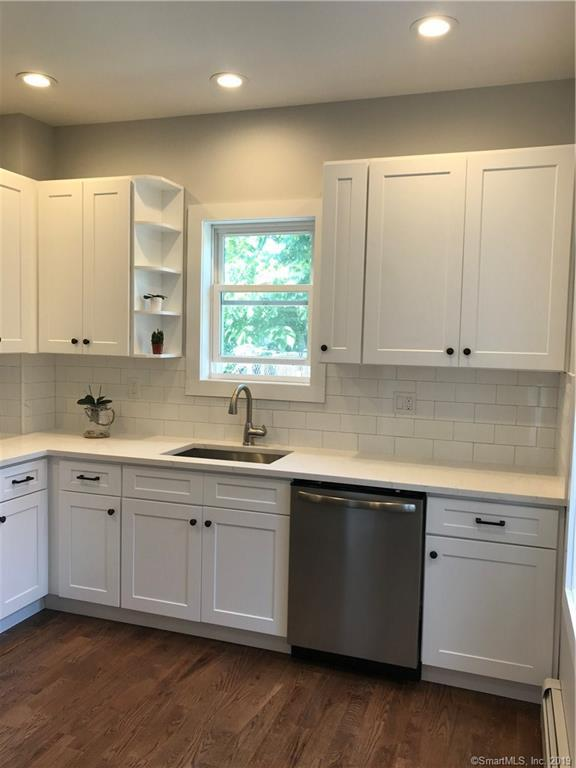 65 Beach Street, Bridgeport, CT 06608 (MLS #170213287) :: Mark Boyland Real Estate Team