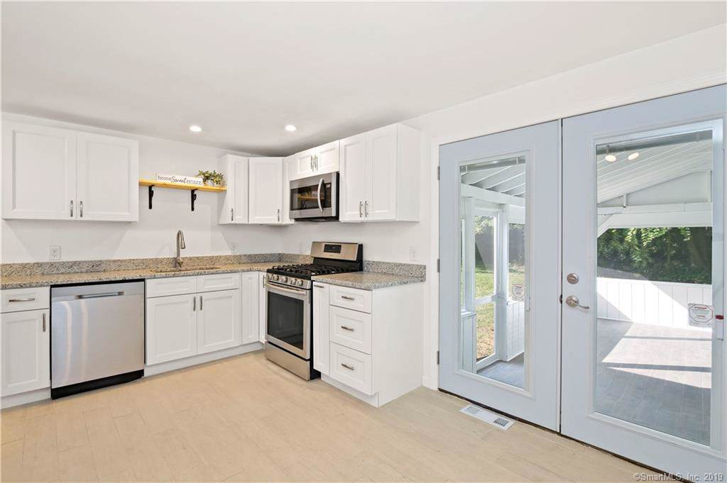 22 Midway Drive - Photo 1