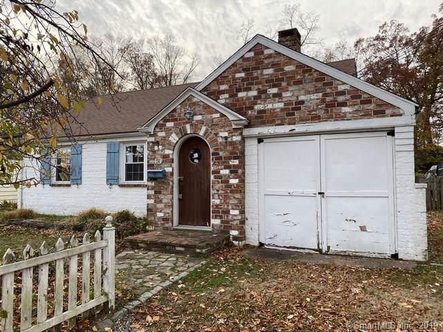 24 Oakwood Manor, Cromwell, CT 06416 (MLS #170250489) :: Carbutti & Co Realtors