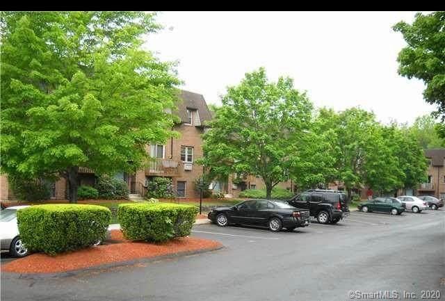 441 Clark Avenue #14, Bristol, CT 06010 (MLS #170331775) :: Team Feola & Lanzante | Keller Williams Trumbull