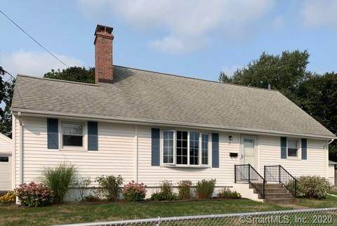 15 Sandy Hollow Drive, Waterford, CT 06385 (MLS #170333705) :: The Higgins Group - The CT Home Finder