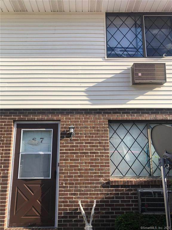 150 Mark Lane S7, Waterbury, CT 06704 (MLS #170342456) :: Sunset Creek Realty