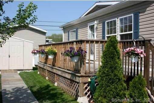 230 Main Street #57, Wallingford, CT 06492 (MLS #170369642) :: Carbutti & Co Realtors