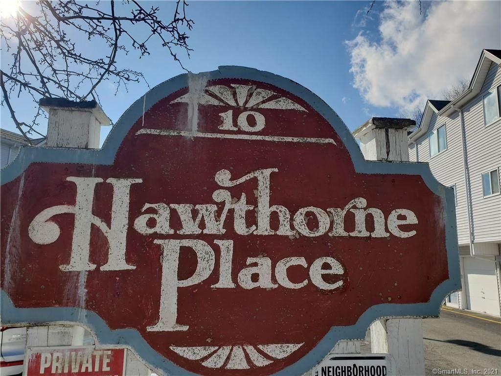 8 Hawthorne Avenue - Photo 1