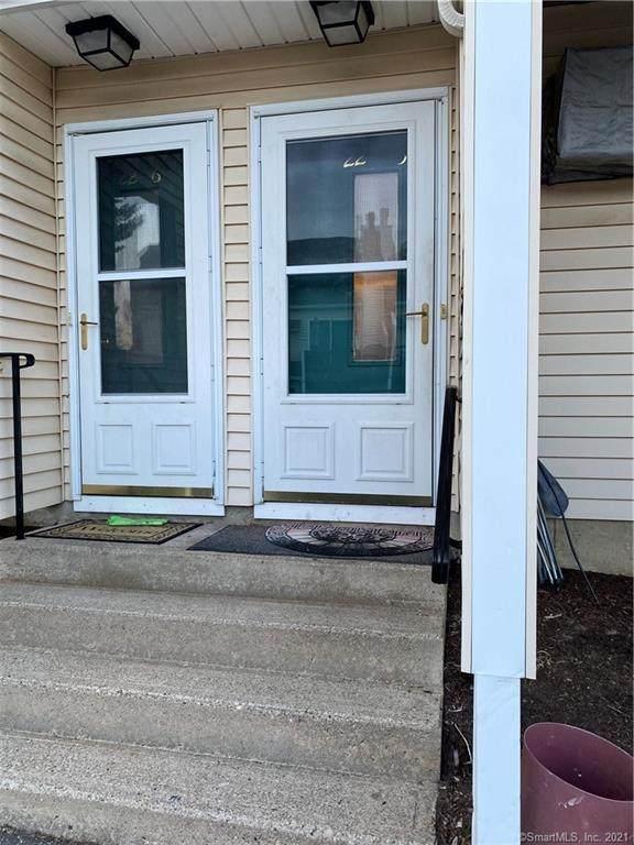 8 Rose Lane 22-5, Danbury, CT 06811 (MLS #170378451) :: Around Town Real Estate Team