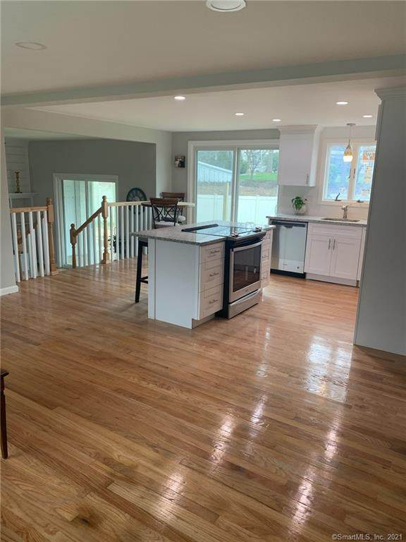 179 West Avenue, Milford, CT 06461 (MLS #170380158) :: The Higgins Group - The CT Home Finder