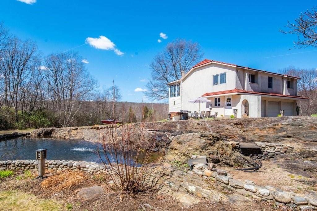 731 Spindle Hill Road - Photo 1