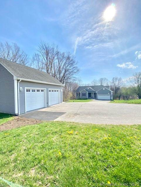 14 Apple Lane, East Haddam, CT 06469 (MLS #170392588) :: Next Level Group
